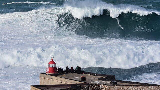 O Que Você Precisa Saber Sobre Surfar a Maior Onda Do Mundo