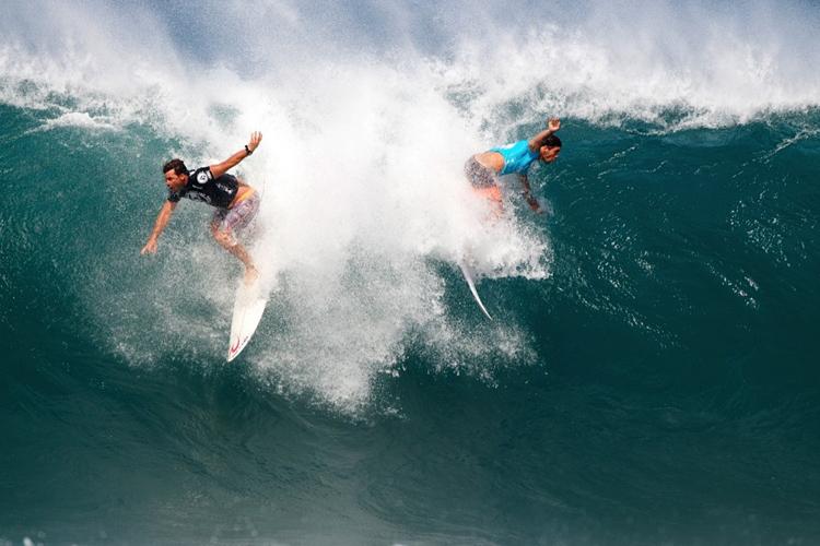 dois-surfistas-na-mesma-onda
